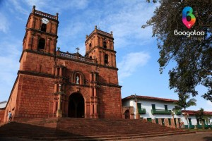 Barichara main church Colombia Boogaloo Travel
