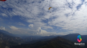 Paragliding in the Chicamocha Canyon in Colombia with Boogaoo Travel