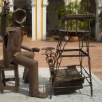 plaza-sculptures-cartagena